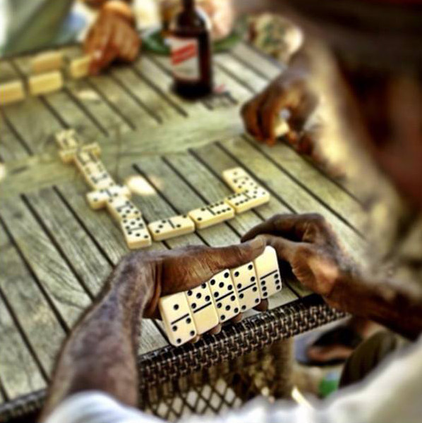 Rent a car to go play dominoes in Martinique